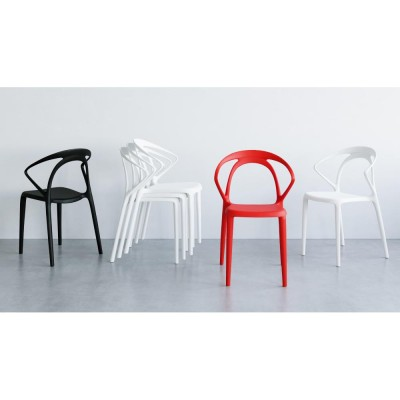 Red plastic dining chair - Olivia