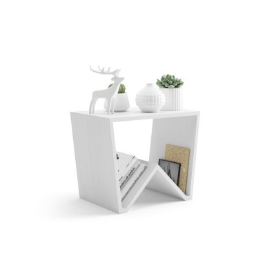 The EMMA coffee table is made entirely of white melamine ash wood and fits in any room.