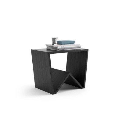 The EMMA coffee table is made entirely of melamine black ash wood and fits in any room.