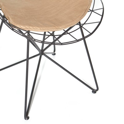 Chair with black metal structure and velvet upholstered pillow - BONBON