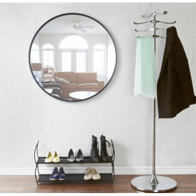 Round wall mirror with black rubber frame - HUB